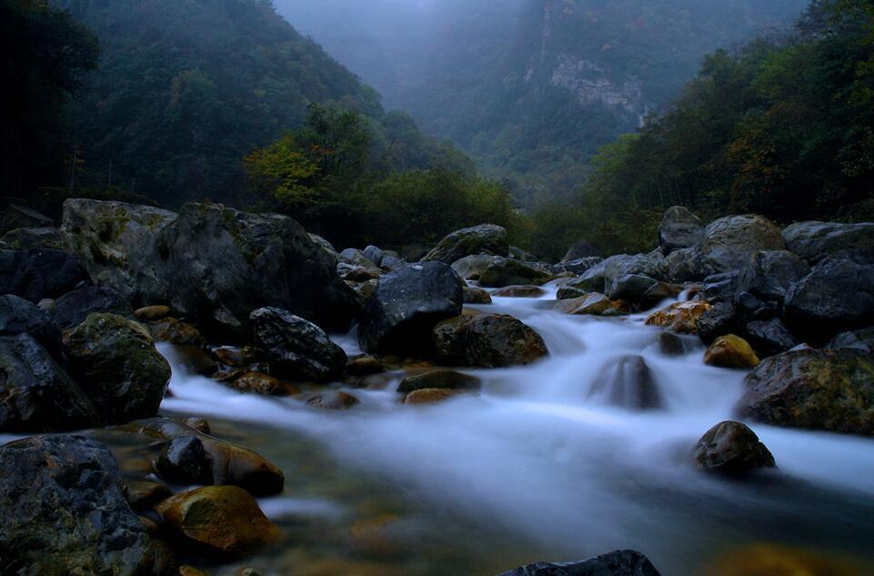 东拉山大峡谷旅游景区——看四季变化 享奇幻之旅