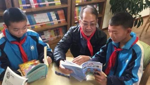 """顶新公益基金会4所""""康师傅图书室"""" 正式交付使用"""