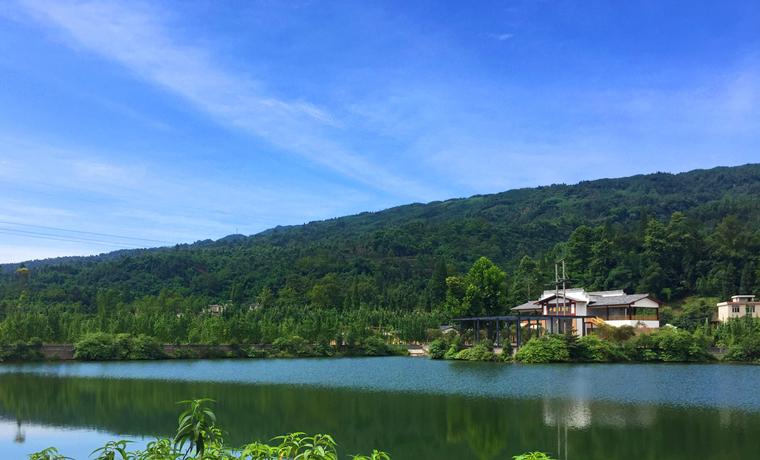 中国雅鱼村新姿初显 走出山村农旅融合发展路